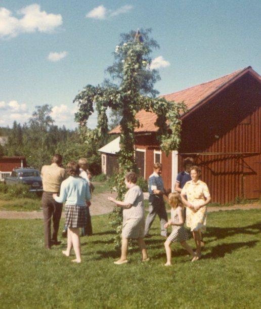 Midsommar och vi Gunnar o Barbro Bengt Hejkne Asta